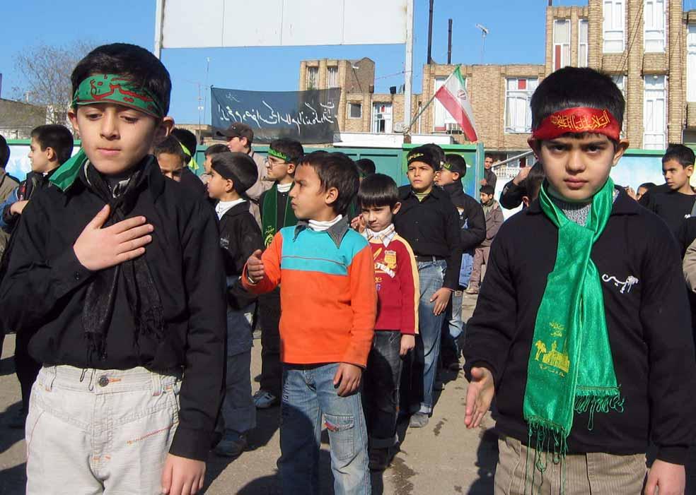 دانش آموزانم از سمت راست علی طهماسبی امیررضا اکرمی